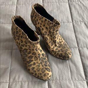 Sam & Libby Cheetah Print Heeled Ankle Booties 9